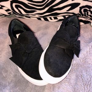 STEVE MADDEN suede twisted bow sneakers